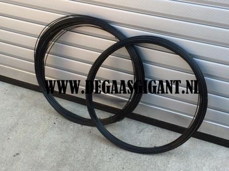 Spandraad zwart geplastificeerd 3,8 mm. 100 m. | De Gaasgigant draad